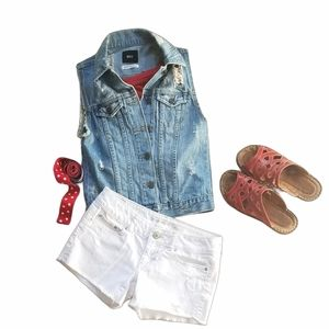 URBAN OUTFITTERS BDG DISTRESSED DENIM VEST